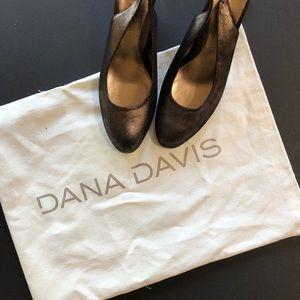 Dana Davis